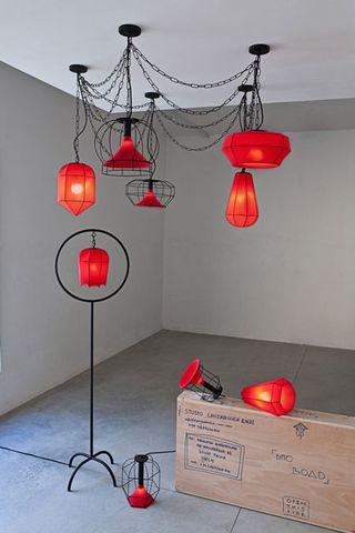 Scaffold-Lights-1-Lanzavecchia-Opus-Rouge