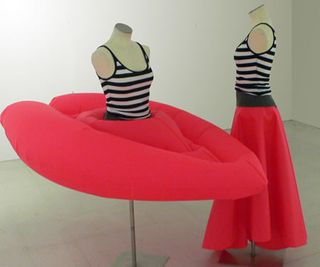 Evacuation_Skirt_Opus_Rouge