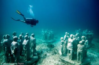 2_the-silent-evolution-depth-8m-cancun-mexico
