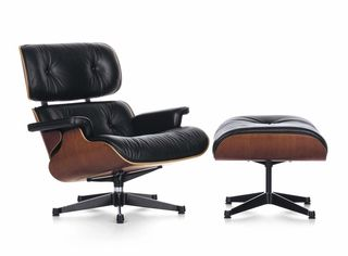 Charles&Ray_Eames_Lounge_Chair_1956